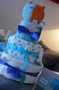 Diaper cake, gâteau de couche, naissance, cadeau de naissance, idée, Ile de la Réunion, 974, cadeau bébé, puériculture, baby shower réunion, baptême réunion, saint-gilles, possession, saint pierre, saint leu, saint-denis,