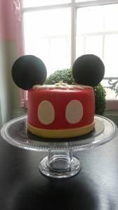 Birthday Cake, gâteau anniversaire, pate à sucre, pièce montée,